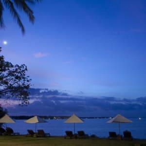 The Oberoi Beach Resort, Lombok: Lombok Oberoi Ocean front lawn