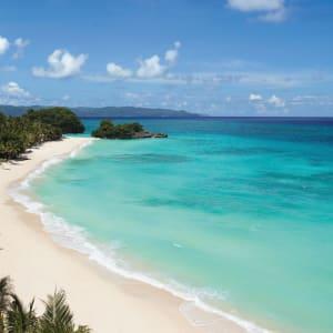 Shangri-La's Boracay Resort & Spa: Punta Bunga beach