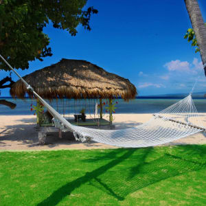 Tugu Lombok: Sire Beach - Front Lawn