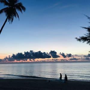 Von Küste zu Küste im Süden Thailands ab Krabi: beach: Sunset at the beach