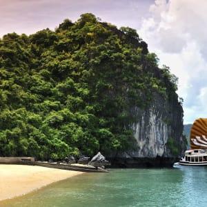 Halong Bucht Kreuzfahrten mit «Legend Halong» Privatboot ab Hanoi: Bhaya-Legend-I-2