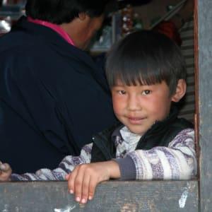 Bhutan - Land und Legenden ab Paro: Bhutan Boy