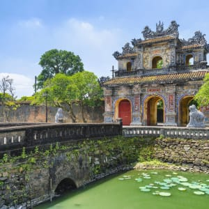 Grosse Indochina Reise ab Hanoi: Citadel Imperial City Hue