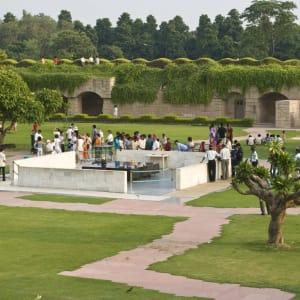 Old Delhi: Delhi, Mahatma Gandhi Memorial 001 (Peco Tours Kopp)