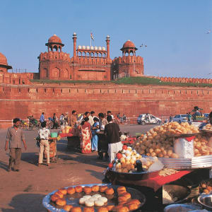 Velotour in Old Delhi: Delhi Red Fort - G