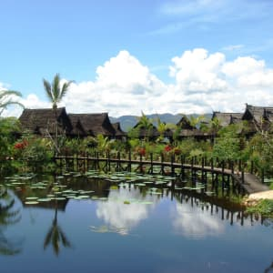 Inle Princess Resort à Lac Inle: Back of Lake Front View