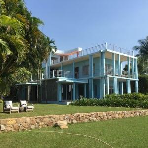 Individuelles Inselhüpfen durch 3 Länder ab Bangkok: exterior: Blue House Knai Bang Chatt