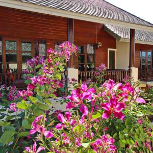 Shewe Wana Boutique Resort & Spa in Chiang Mai: Building