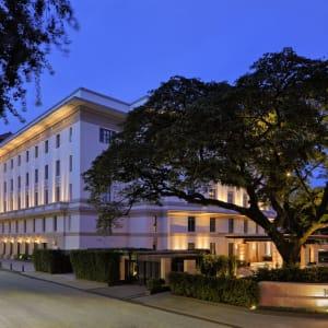 Rosewood Yangon: Building Exterior Bank Street