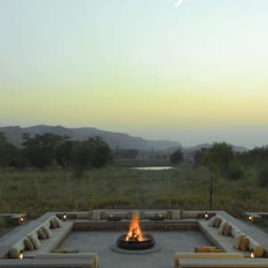 Aman-i-Khas in Ranthambore: Camp fire