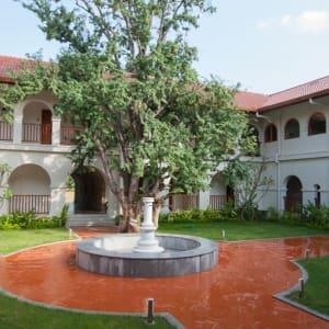 Sanctum Inle Resort à Lac Inle: courtyard