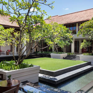Anantara Angkor Resort in Siem Reap: Courtyard