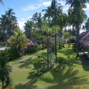 Atmosphere Resort in Negros: Entrance