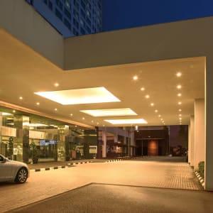 Pullman Kuching: Entrance