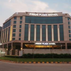 Pride Plaza Hotel Aerocity in Delhi: Exterior