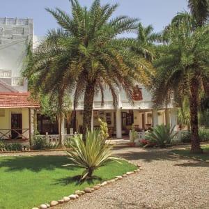 Jaagir Lodge Safari ab Lucknow: exterior: Exterior