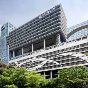Jen Orchardgateway in Singapur: Facade Day
