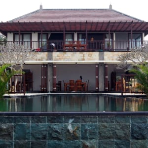 Munduk Moding Plantation Nature Resort à Nord de Bali: Front View with Pool