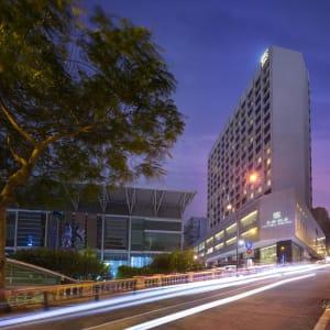 Royal Macau à Macao: Hotel Exterior Evening