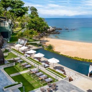 The Shore at Katathani à Phuket: Main pool and beach