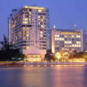 Mandarin Oriental in Bangkok: Night Shot