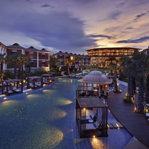 Intercontinental Hua Hin Resort: Overview at Night