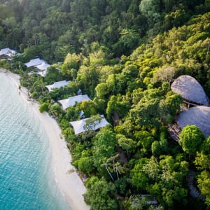 Bawah Reserve: Restaurant and Beach Suites