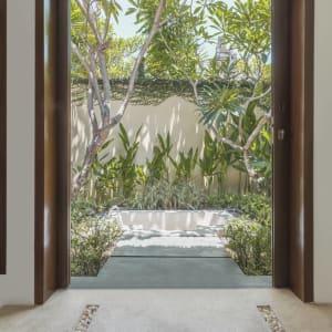 The Pavilions Bali in Südbali: room: Pool Villa | outdoor bathtub