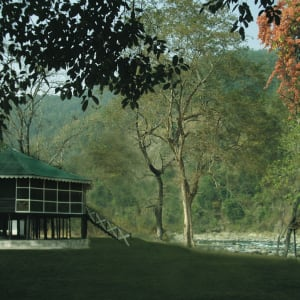 Glenburn Tea Estate in Darjeeling: The Glenburn Lodge by River Rungeet