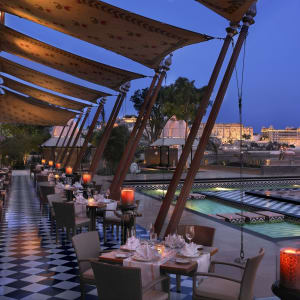 The Leela Palace à Udaipur: Alfresco Dining outside The Dining Room