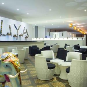 Aliya Resort & Spa in Sigiriya: Bar