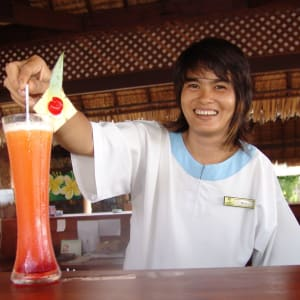 Khao Lak Paradise Resort: Bar