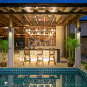 The Leaf Oceanside by Katathani in Khao Lak: Bar