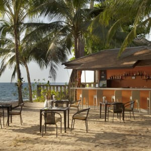 Wanaburee Resort à Khao Lak: Beach Bar