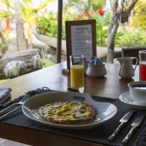 Ngapali Bay Villas & Spa: Breakfast