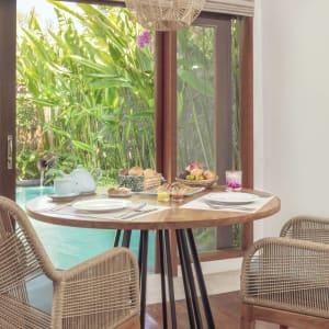 The Pavilions Bali in Südbali: Breakfast Pool View