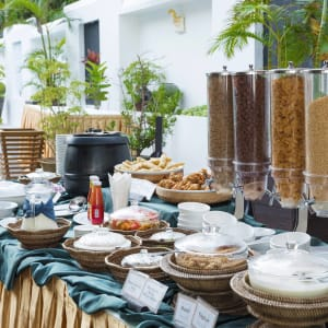 Thande Beach Hotel in Ngapali: Buffet Set Up