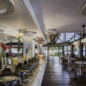 Club Paradise Palawan: buffet setup