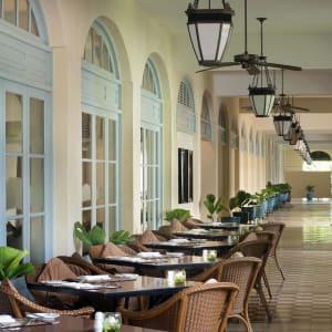 Raffles Hotel Le Royal in Phnom Penh: Cafe Monivong