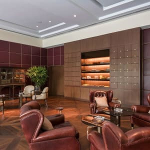 The Oberoi in Delhi: Cigar Lounge