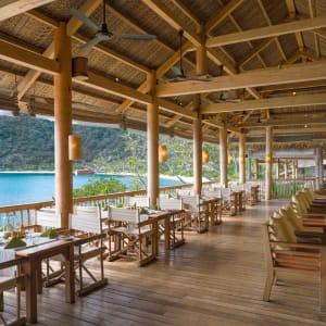 Six Senses Ninh Van Bay in Nha Trang:  Dining by the Bay