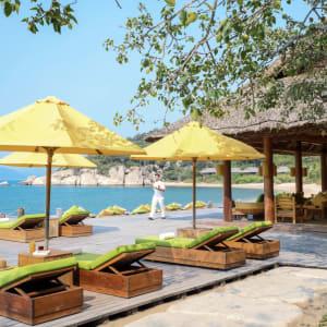 Six Senses Ninh Van Bay in Nha Trang:  Drinks by the Beach