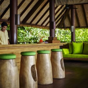 Six Senses Samui in Ko Samui: Drinks on the Hill
