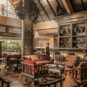 Anantara Golden Triangle Elephant Camp & Resort à Triangle d'Or: Elephant Bar and Opium Terrace