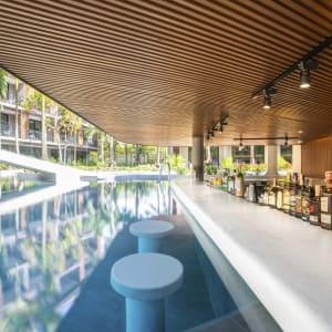 La Flora Khao Lak:  Flora Wing Pool Bar