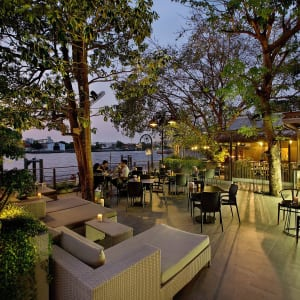 Riva Surya in Bangkok: Garden Restaurant