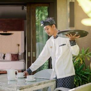 Space Villas Bali in Südbali:  in-room service