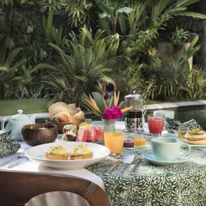 The Pavilions Bali in Südbali: In Villa Breakfast Setup