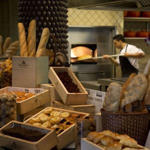 Anantara Mai Khao Phuket Villas: La Sala Breakfast Bakery