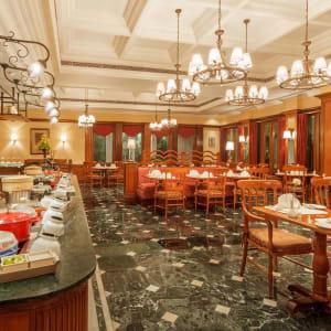 The Oberoi Grand à Kolkata: La Teresse